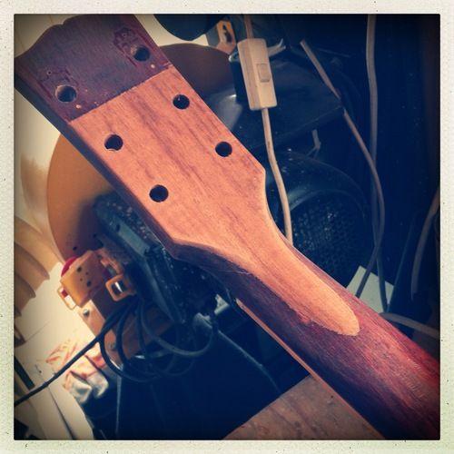 Headstock Repairs Reinforcement Haze Guitars Broken Guitar Repair Guitar Diy