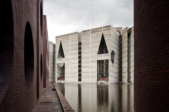Dhaka journal louis kahn s opus in the delta more louis for Louis kahn buildings