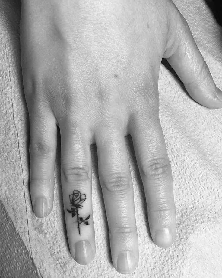 Finger Tattoos - Tattoo Insider