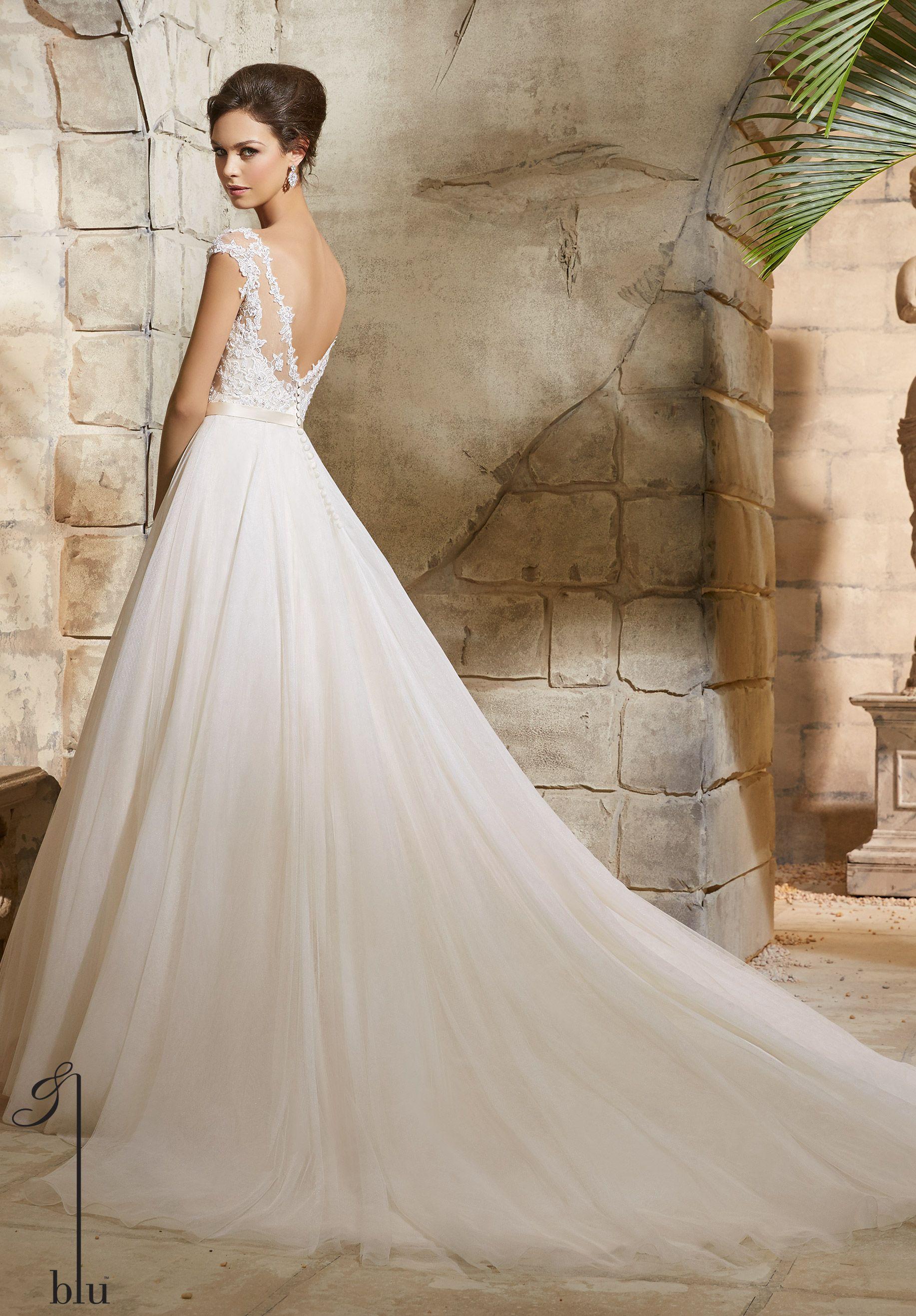 Glamorous A-line Tulle Bridal Dress. Floral appliques embellished ...