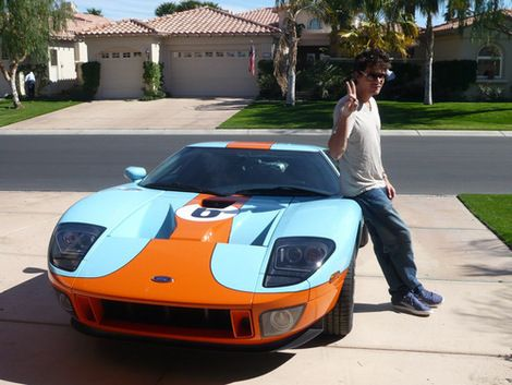 John Mayer And His Ford Gt In Gulf Livery John Mayer Ford Gt Blue