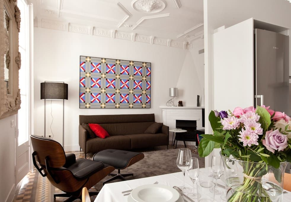 이렇게 멋진 에어비앤비 숙소를 확인해보세요: Paseo de gracia elegant apartment - 바르셀로나의 아파트에서 살아보기