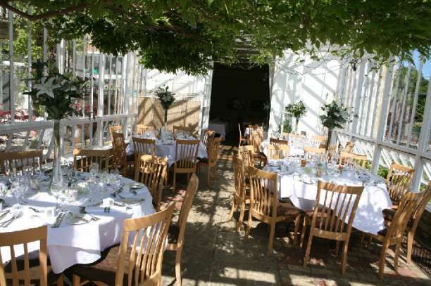 St Julians Club Wedding Venue In Sevenoaks Kent The Combination Of Extensive Grounds