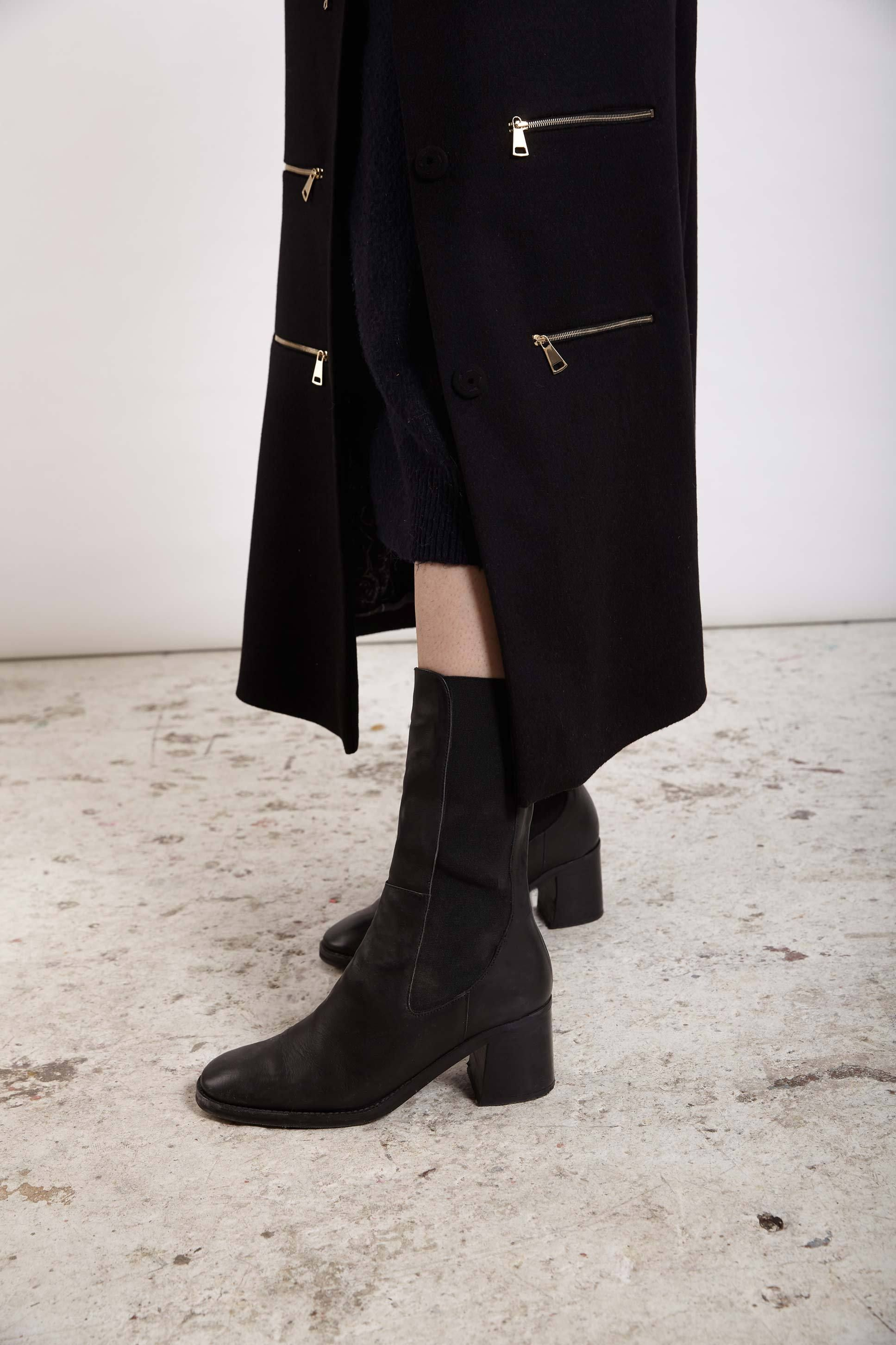 MACY BLACK LEATHER BOOTS by Miista