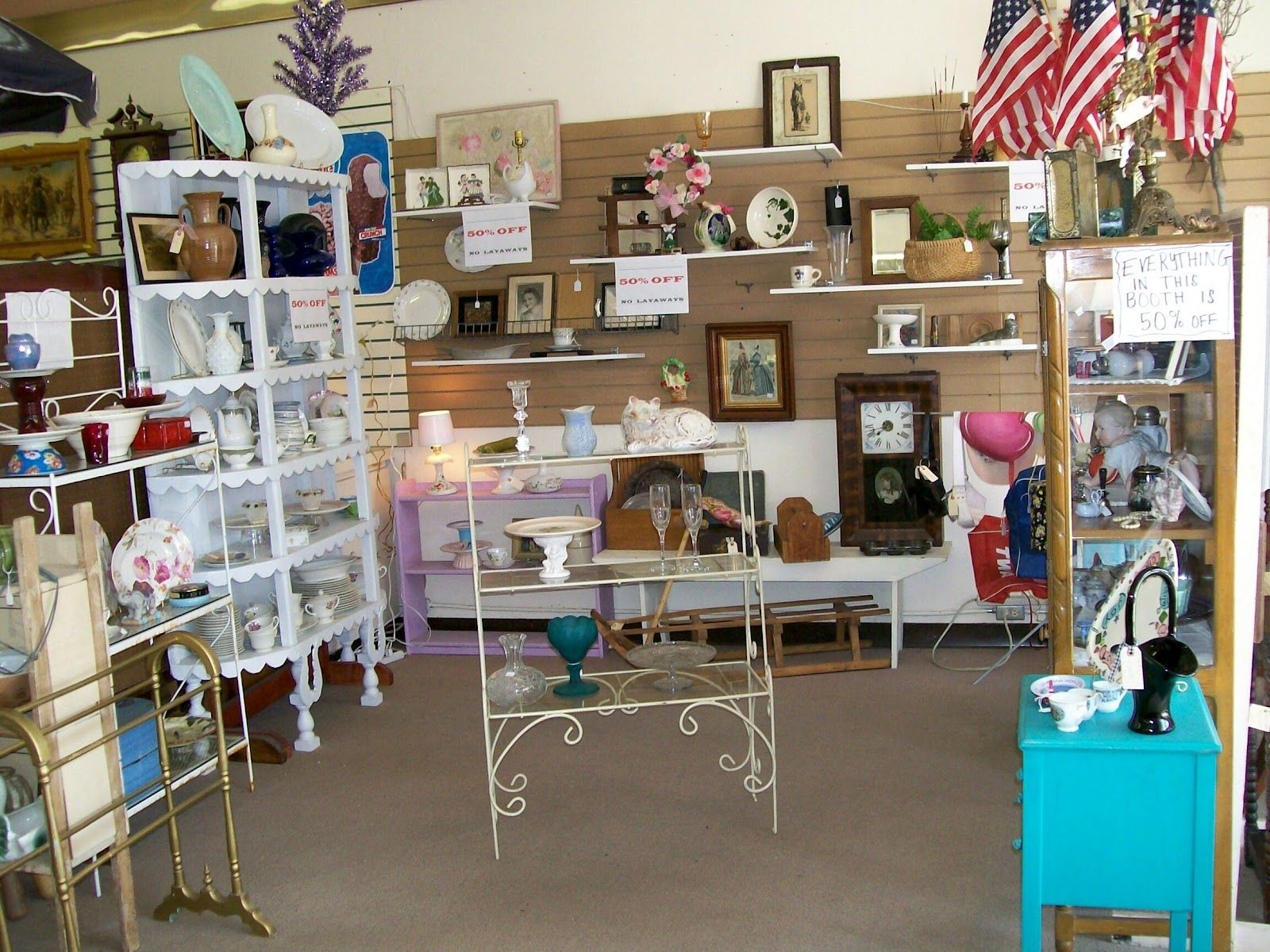 Best 25+ Antique mall booth ideas on Pinterest   Antique booth ...