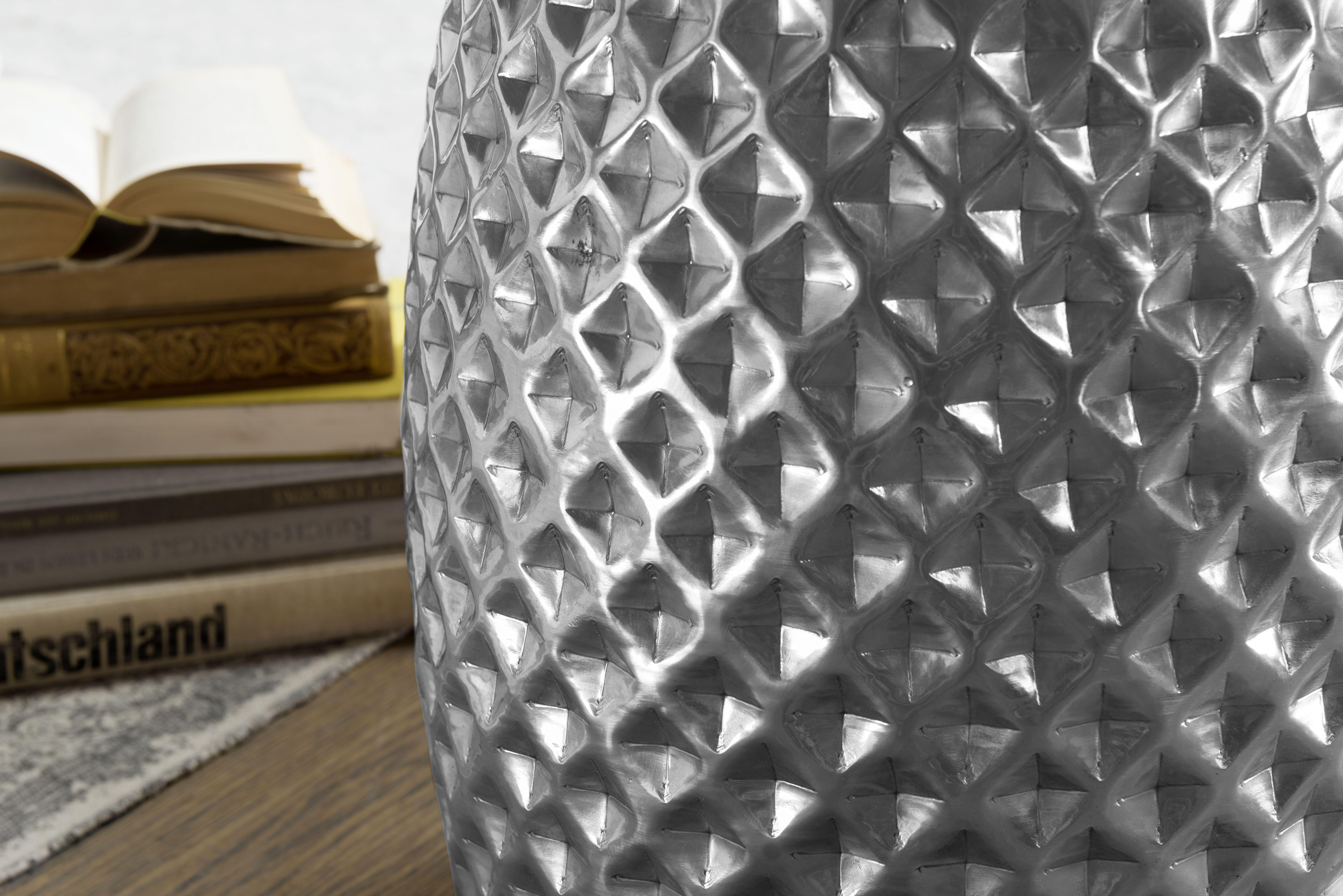 Wohnling Beistelltisch Sita Silber Wl5 448 Aus Aluminium Silber Metall Wohnidee Dekoration Ablage Wohnen Wohnzimmer Aluminium Beistelltisch Dekoration