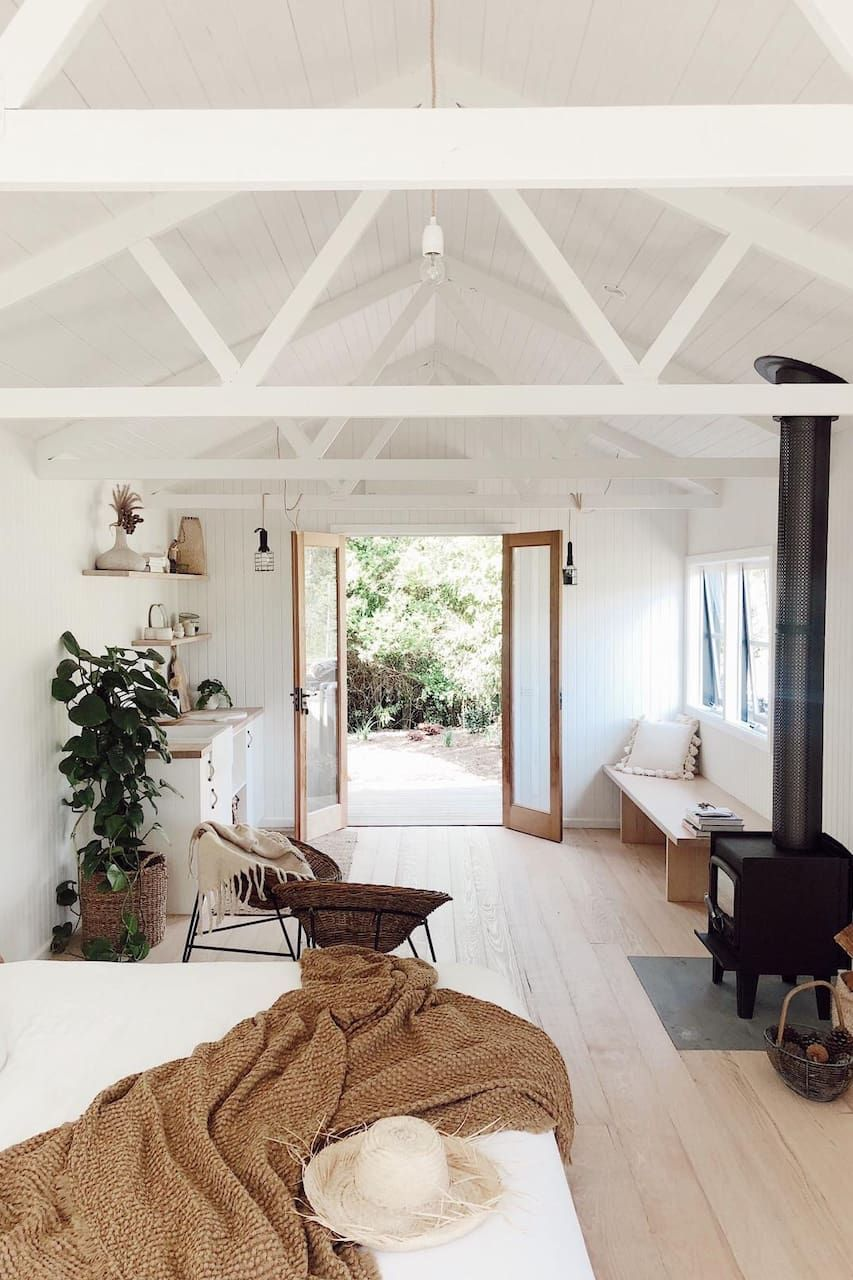 Olive Shed Guest Houses For Rent In Red Hill Victoria Australia Guest House Small Guest House Shed Tiny Guest House