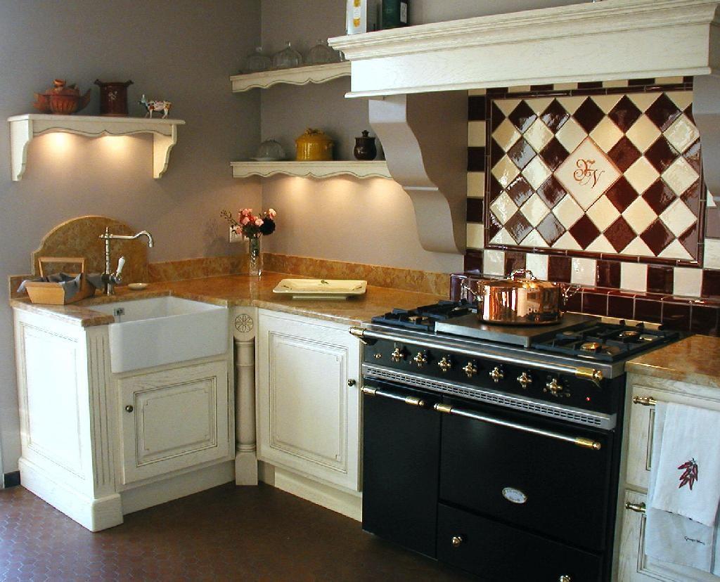 Faïences Et Carrelage Mural Cuisine Carrelage Provençal - Carrelage cuisine terre cuite pour idees de deco de cuisine