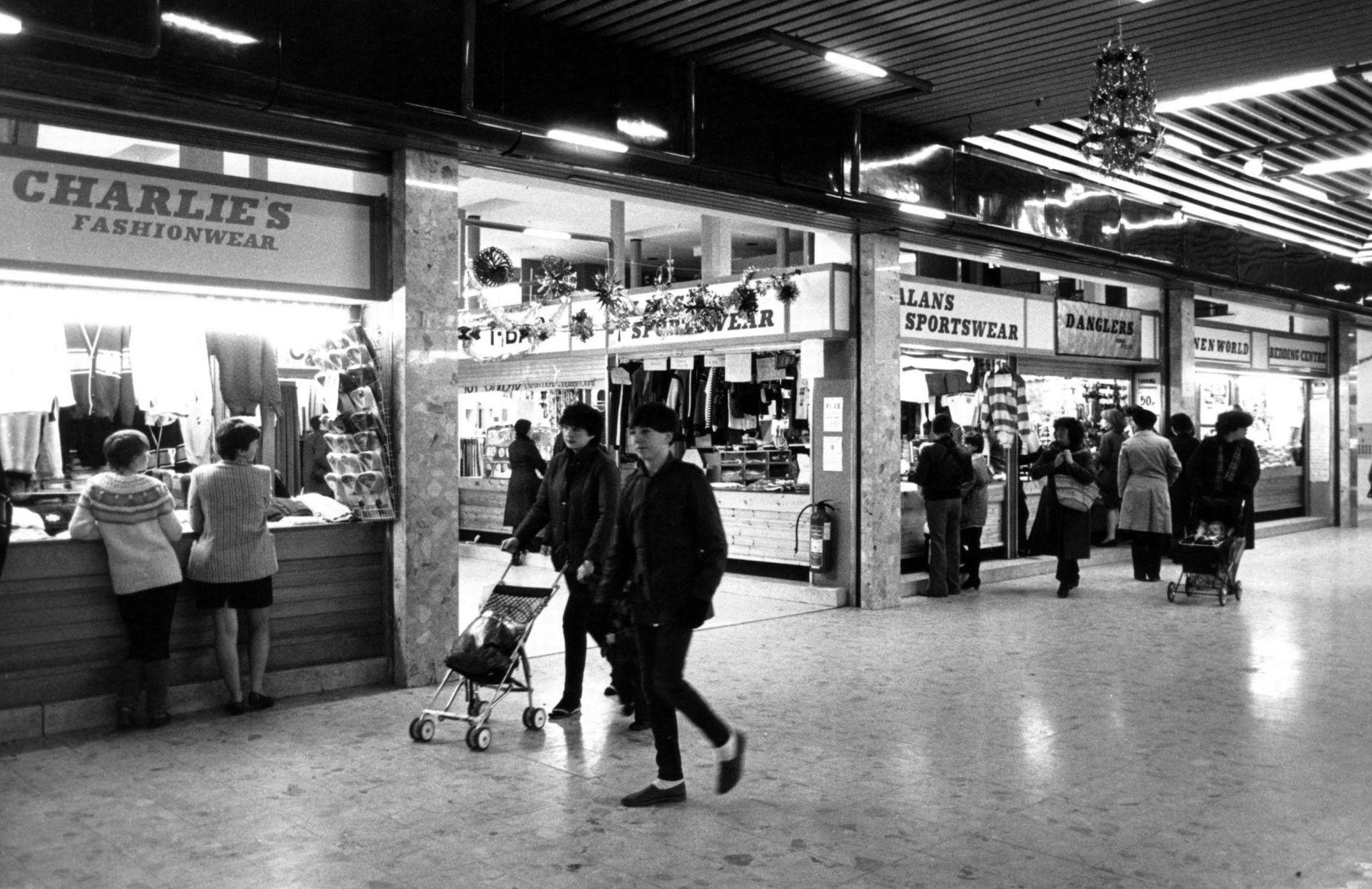 aace369a276 Shops of the 80s and 90s you may (or may not) have forgotten   Home ...