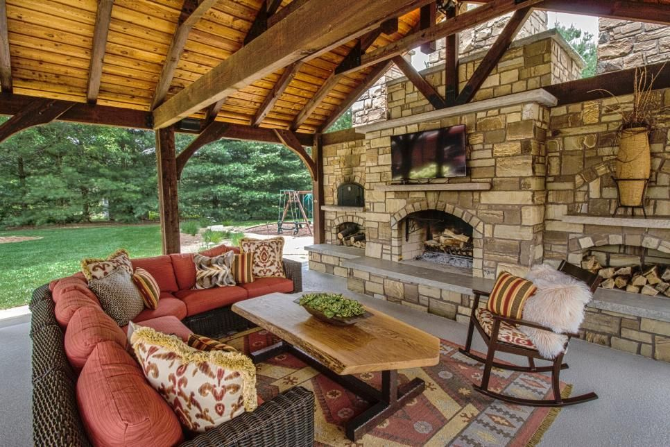 Poolside Pavilion With TV, Outdoor Fireplace, Kitchen