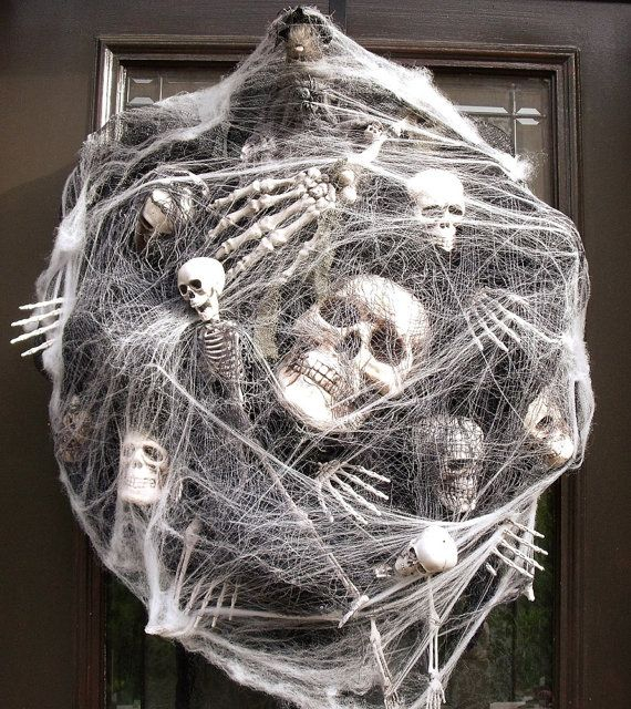 Sinister Halloween Wreath, Skull Wreath, Skull and Bones ...