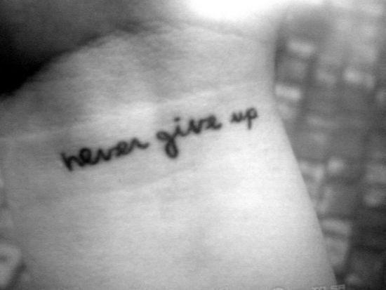 Ile Bedzie Kosztowac Zrobienie Tatuazu Na Nadgarstku Napis