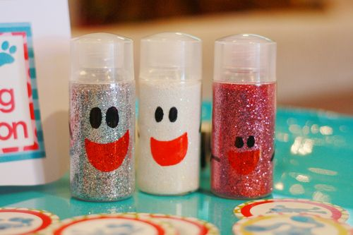 mr salt mrs pepper and baby paprika make their glittery debut blues clues mr salt mrs pepper a58 clues