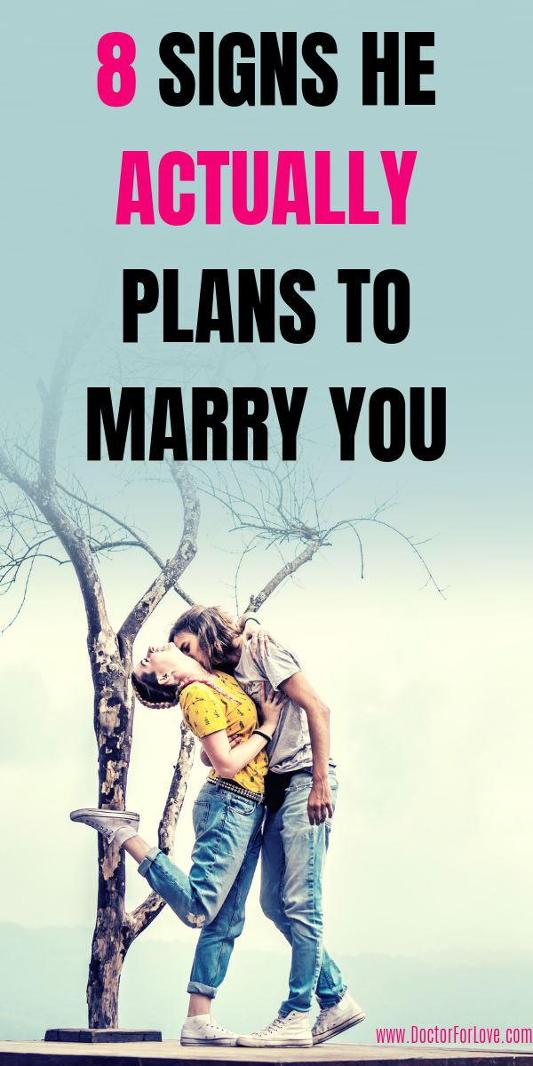 8 Obvious Signs He Definitely Wants To Marry You Someday