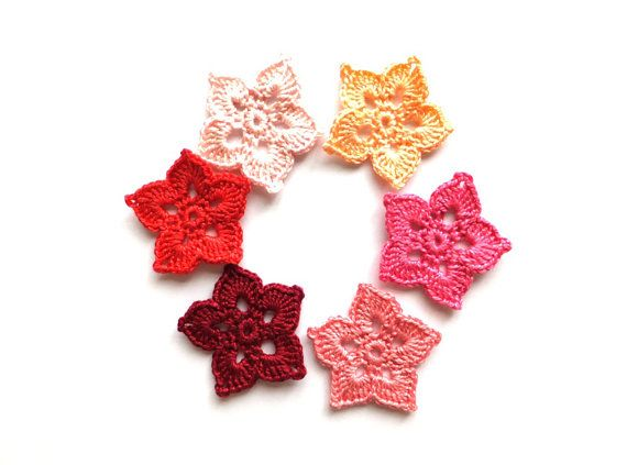 Crochet flowers applique, flower decorations in pink and red, embellishments, scrapbooking /set of 6/