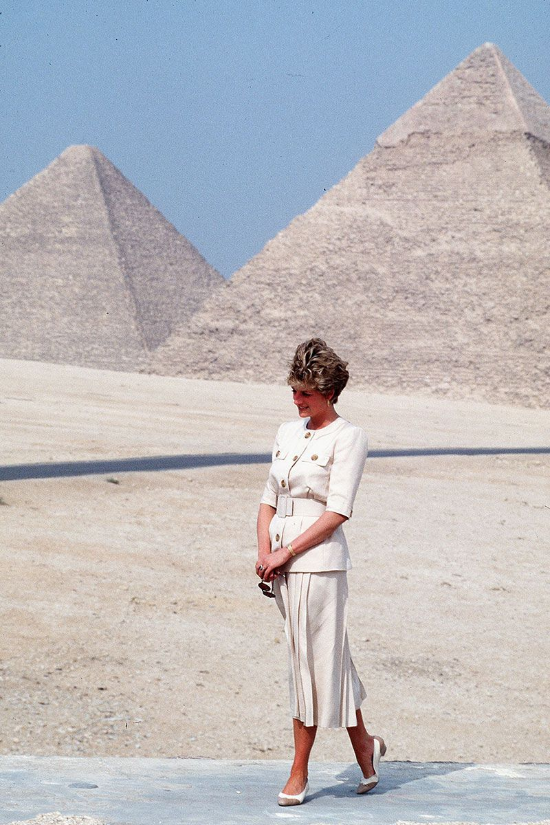 Princess Diana: 1992. Everything.. she was everything.