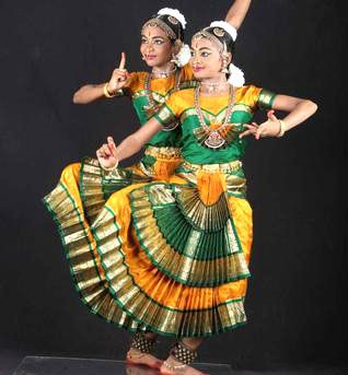 43963ac75f1f 3 Fan Bharatanatyam Pant Dance Costume for Young Girls Buy Online ...