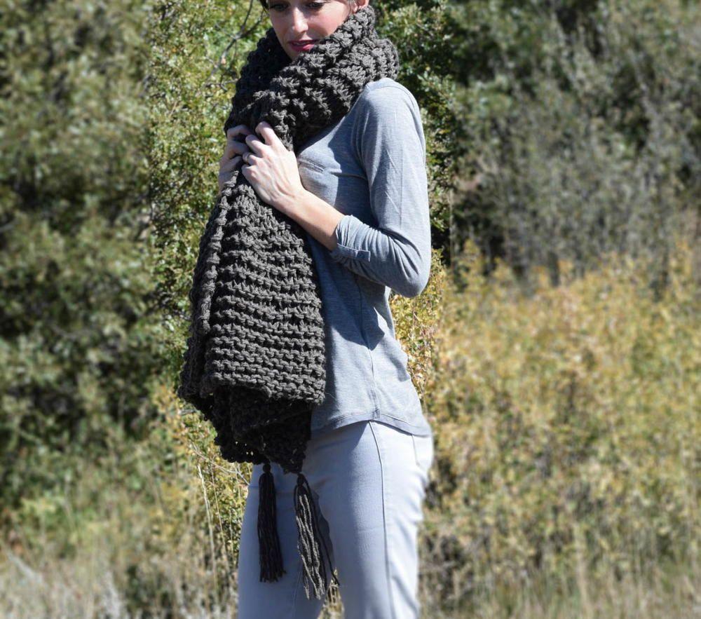 21 free knit scarf patterns using bulky yarn beginner knitting 15 free knit scarf patterns using bulky yarn favecrafts dt1010fo