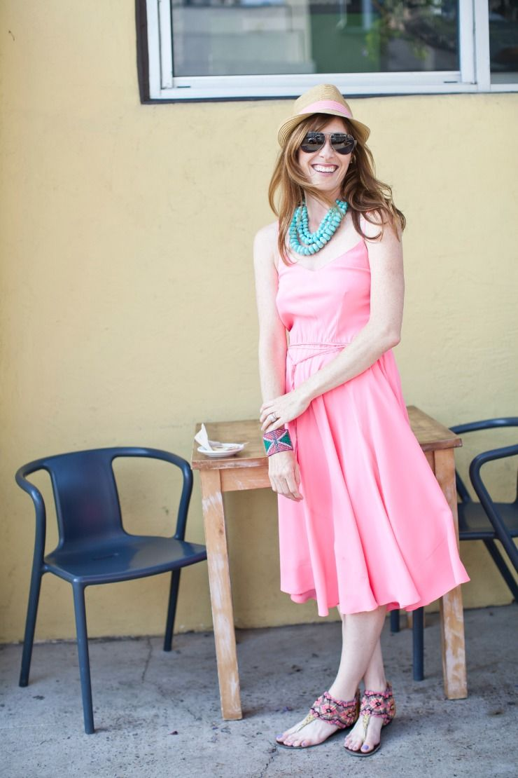 f58048b5f342 A Bright Coral Dress Outfit For an Outdoor Lunch