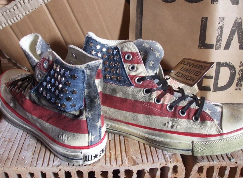 0048d4bf5319d0 Studded Converse. I wish I had these on the Fourth of July