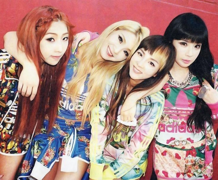 2NE1 Kpop Group Photo 2NE1 group kpop photo 2ne1