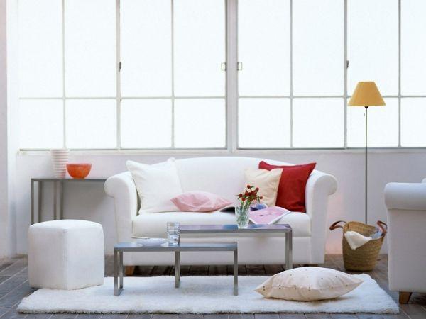 wohnzimmer gestalten weißes sofa hocker Wohnzimmer Ideen - wohnzimmer gestalten orange