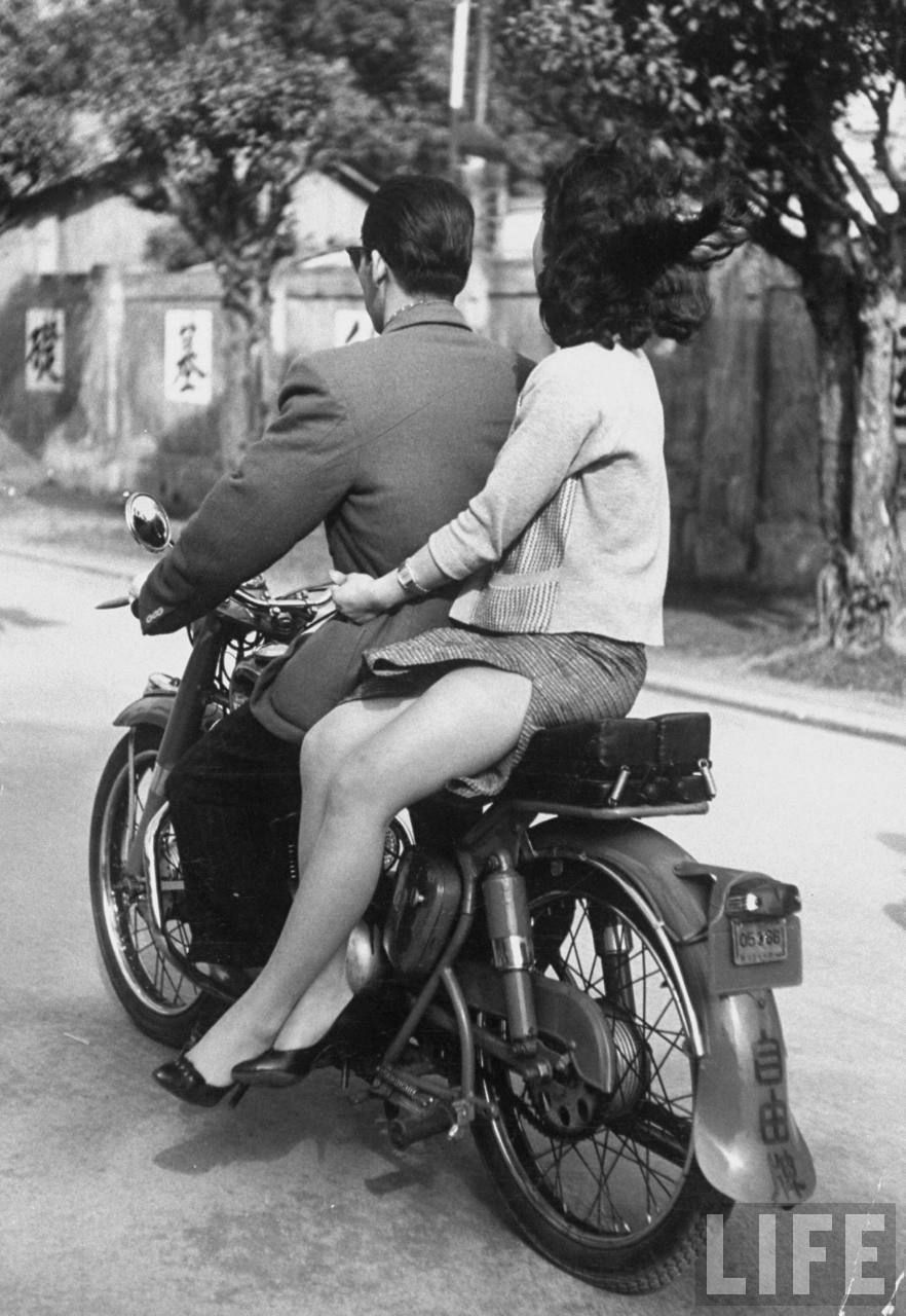 Cafe Racer.......take a ride
