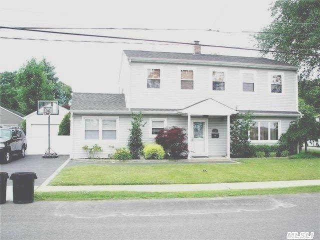 141 Primrose Ave Massapequa Park Ny 11762 Massapequa Park My House Building A House