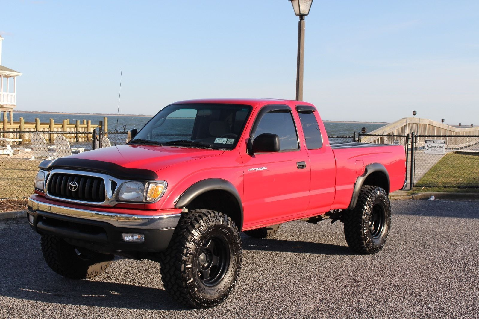 Lots of extras 2001 toyota tacoma sr5 lifted truck