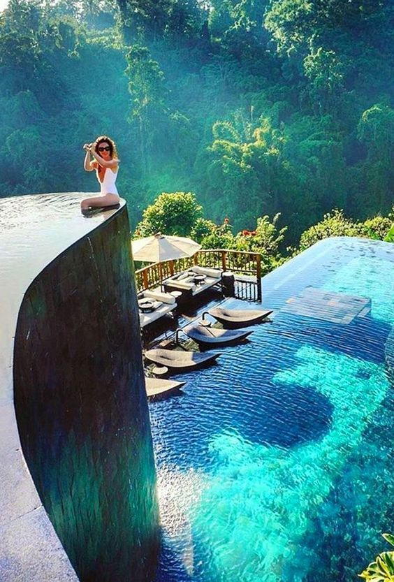 25 Best Hotel Swimming Pools in the World - Travel Den #cowboysandcowgirls