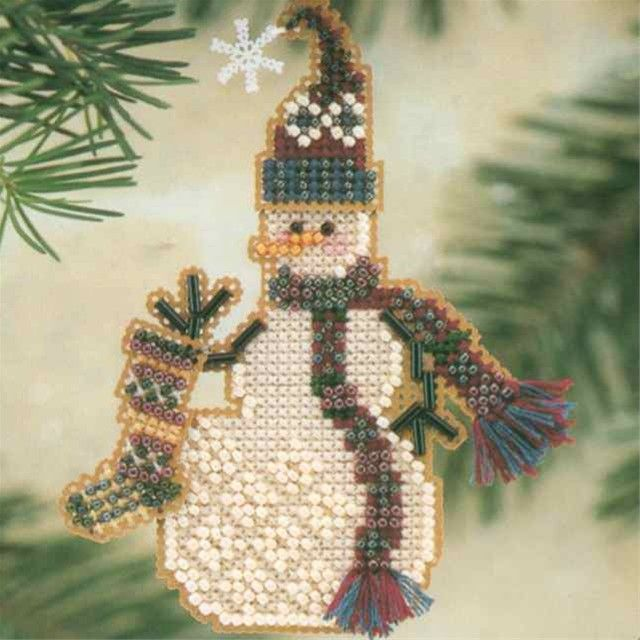 Stocking Snow Charmer Beaded Christmas Ornament Kit Mill Hill 2001