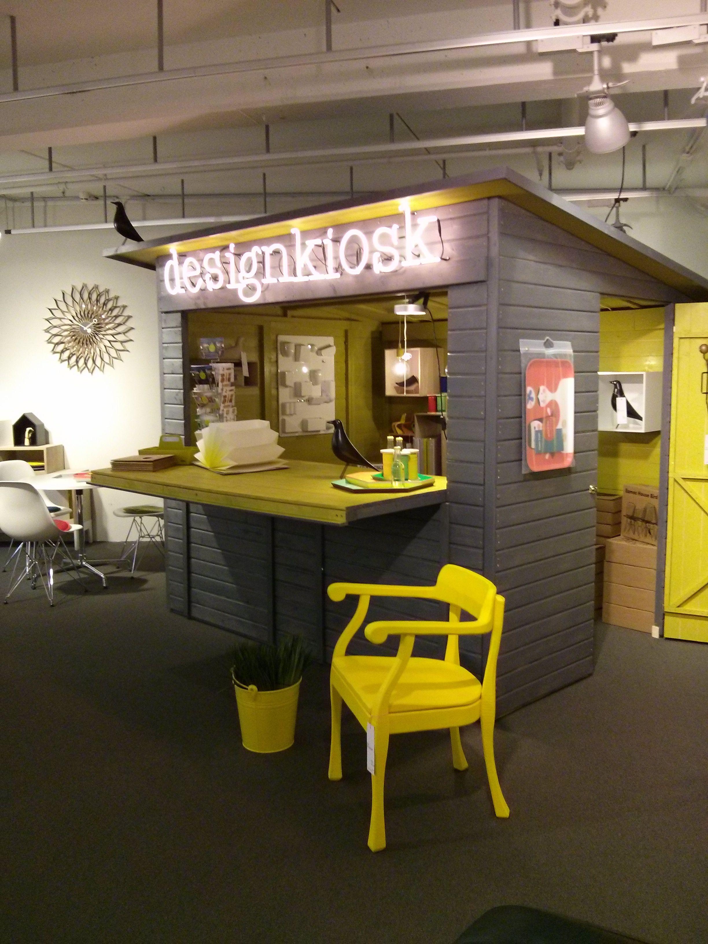 Muuto Hamburg designkiosk mit muuto chair showroom stilwerk hamburg