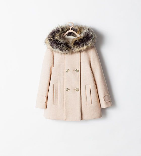 Image 2 of COAT WITH DETACHABLE FUR HOOD from Zara