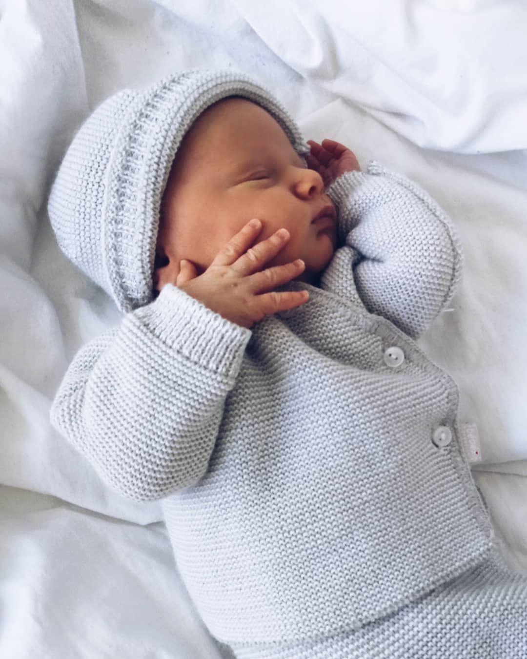 """Photo of Cécilia & ses minis boys on Instagram: """"Rendez-vous des 15 jours aujourd'hui pour Baby Gabriel ! Ce qui tombe bien parce qu'il a un œil qui coule… & Je crois qu'il va nous faire…"""""""