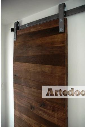 Herraje puerta corredera r stica puertas correderas for Puertas corredizas rusticas