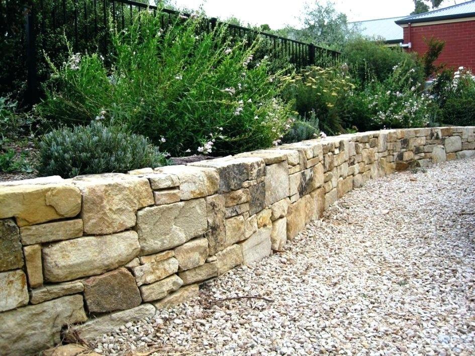 Inexpensive Retaining Wall Ideas Unique Stone Retaining Wall Ideas For Garden Desert Natural Stone Retaining Wall Landscape Design Landscaping Retaining Walls
