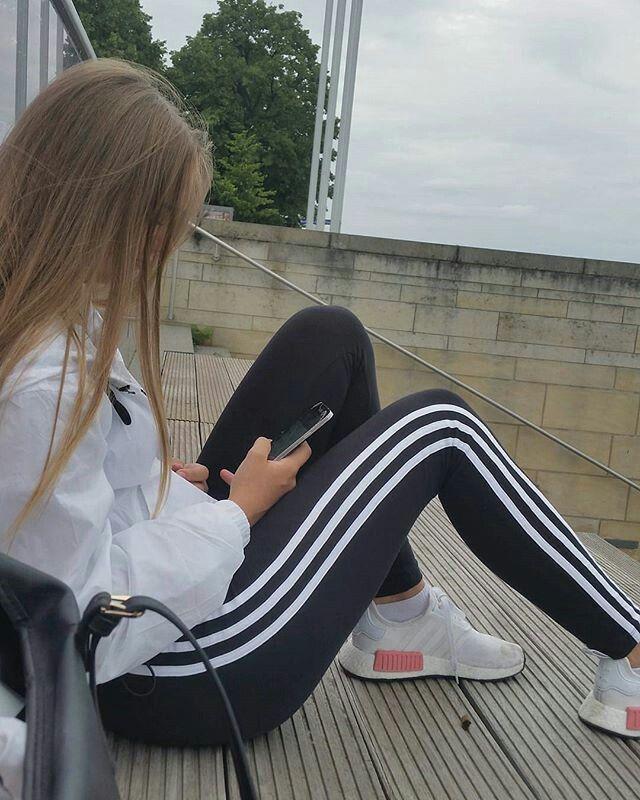 Adidas 3 Streifen Leggins Madchen Fotos Madchen Fotografie Blondes Madchen
