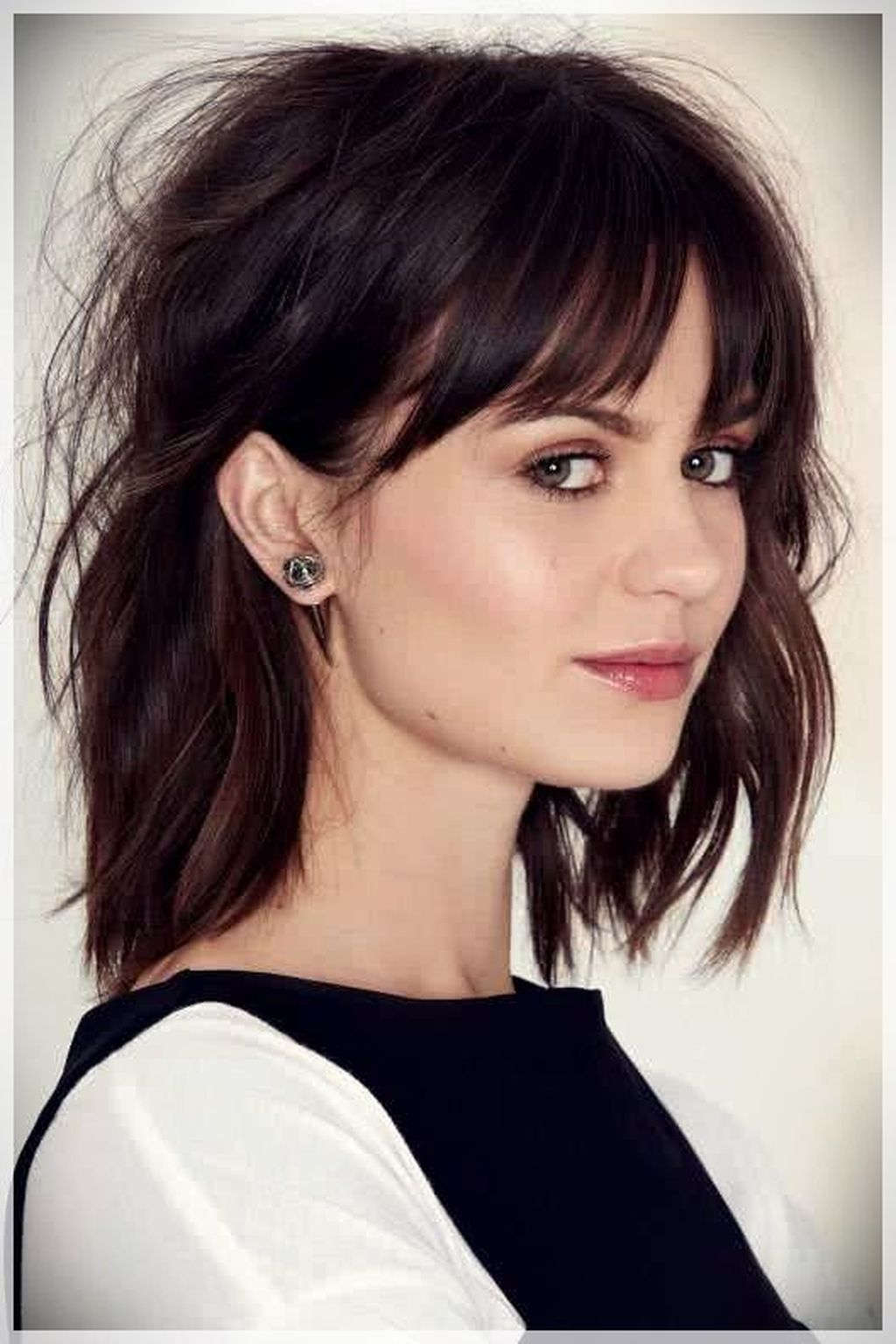 Spring Is All About New Beginnings And Your Hair Is A Great Place To Start Now That Spring Is Alm Medium Hair Styles Thick Hair Styles Haircuts With Bangs