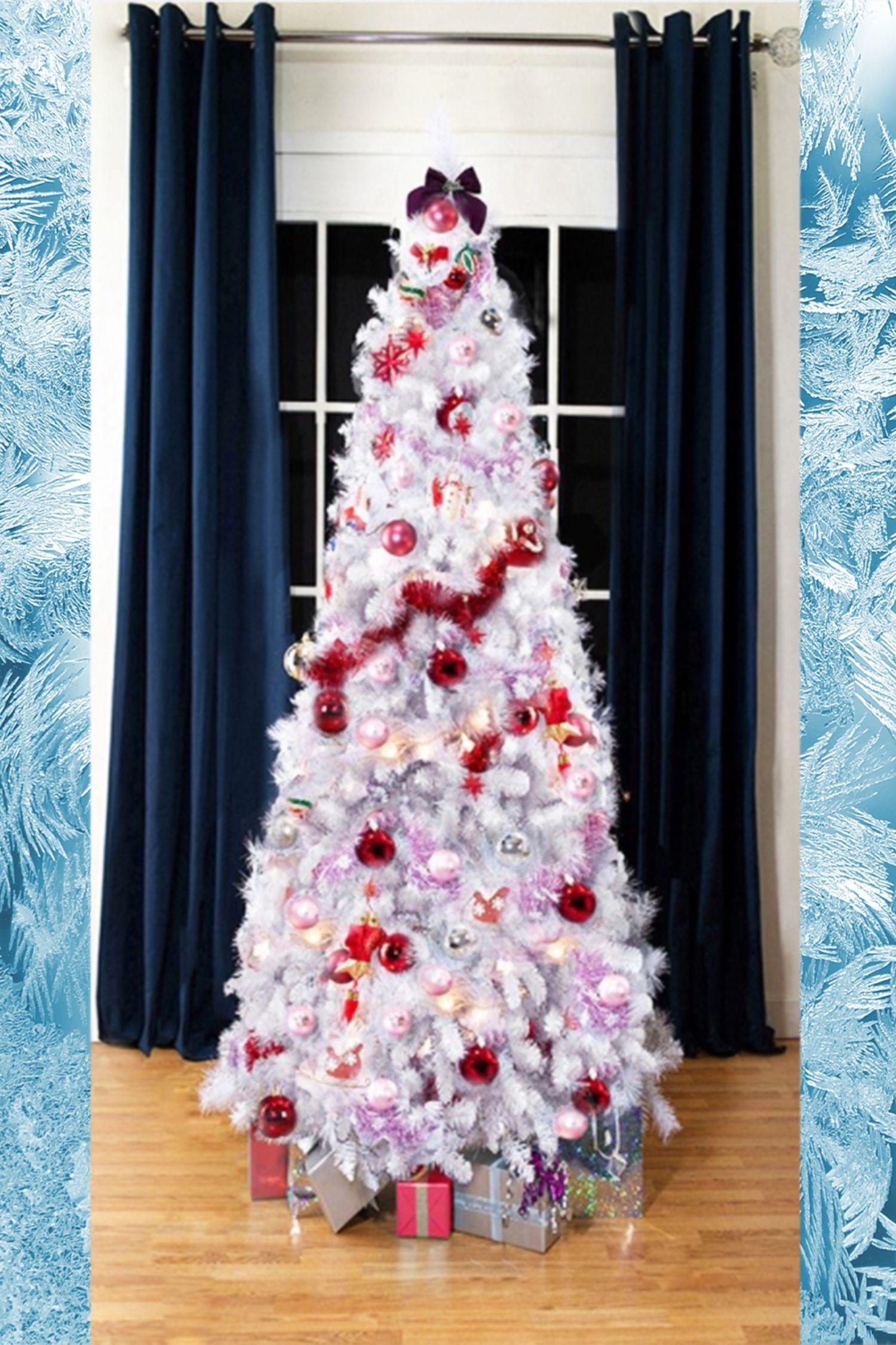 White Bergen Flock Artificial Christmas tree. 7ft tall