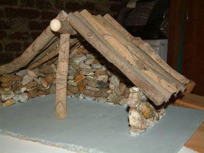 Krippe Aus Holz Und Steinen, Weihnachtsdeko: Krippe