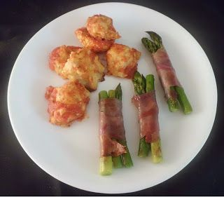 Party Foods: Baked Chicken Meatballs and Prosciutto Wrapped Asparagus