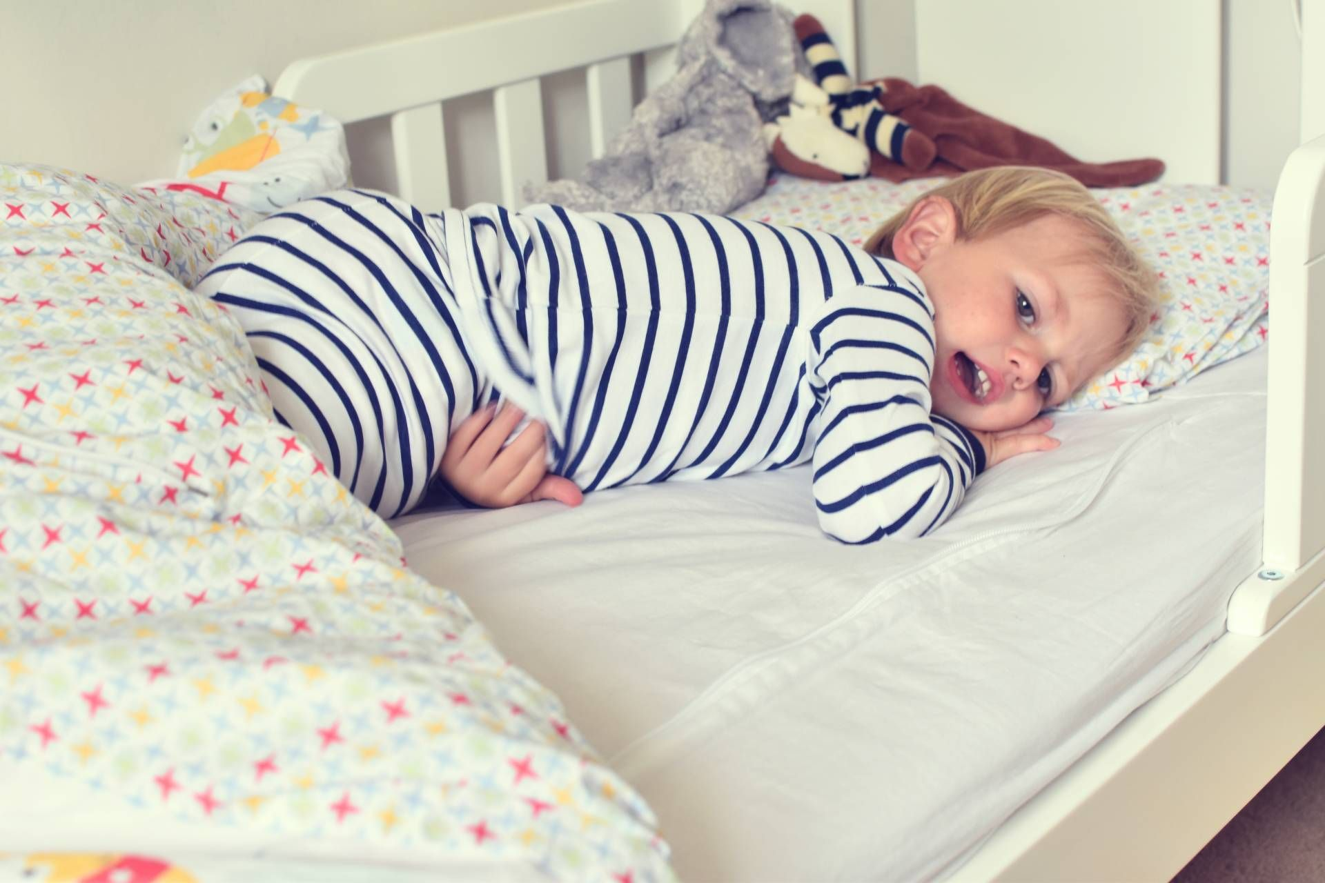 Creating a Safe, Natural Bedroom For Your Toddler