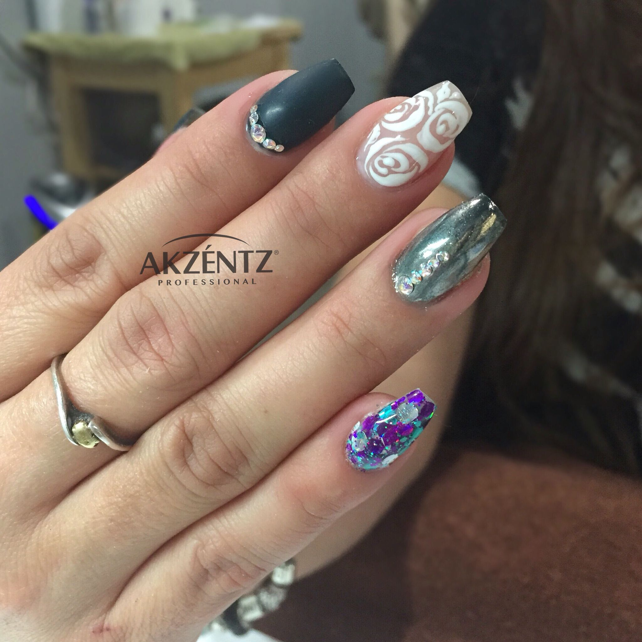 Pretty matte dark blue, roses and chrome coffin gel nails | My chic ...