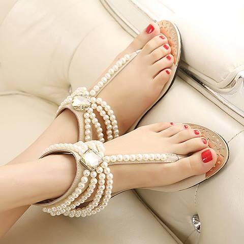 Diese Sandalen rocken jedes Outfit und macht es zu etwas besonderem.