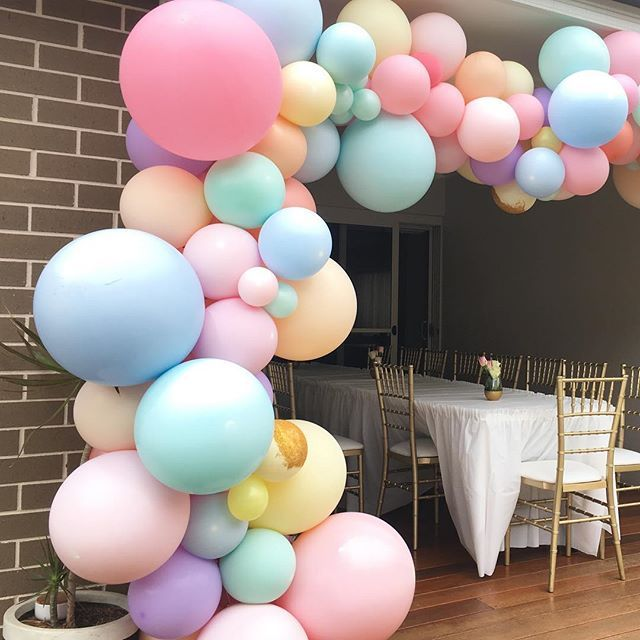 Pretty Pastels Balloons That Look Good Enough To Eat Ohmysweetness Candyba Pastel Balloons Pastel Birthday Pastel Baby Shower