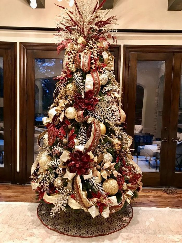 50+ Beautiful Christmas Tree Decoration Ideas_20