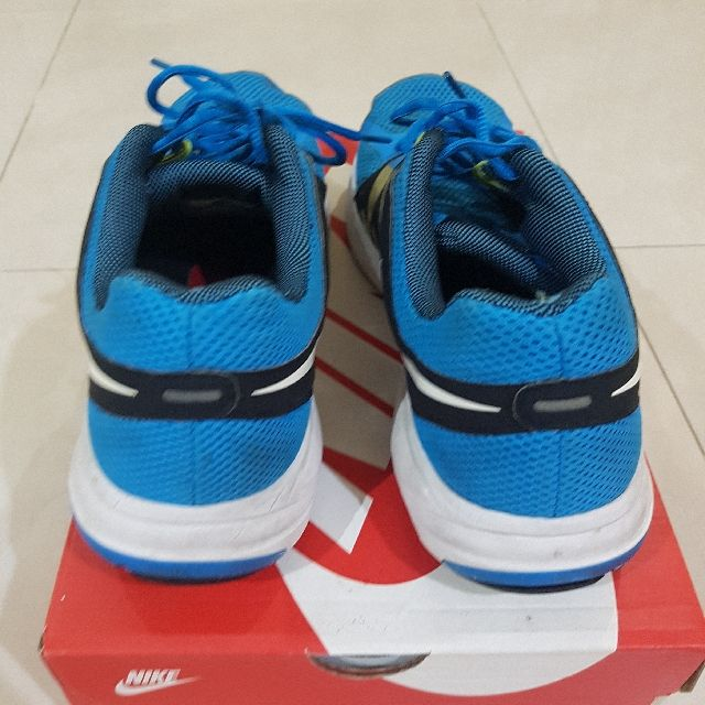 Buy Pre Love Running Shoes In Las Pinas Philippines Pre Loved Running Shoes From Nike Have Seen Better Days Perfect For Gym And Running Shoes Shoes Running