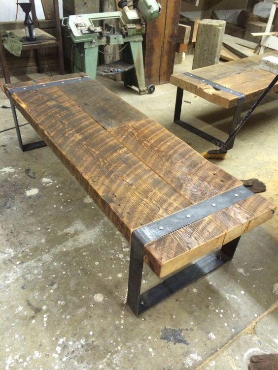 Banco de granero de madera reciclada con patas por JSReclaimedWood ...