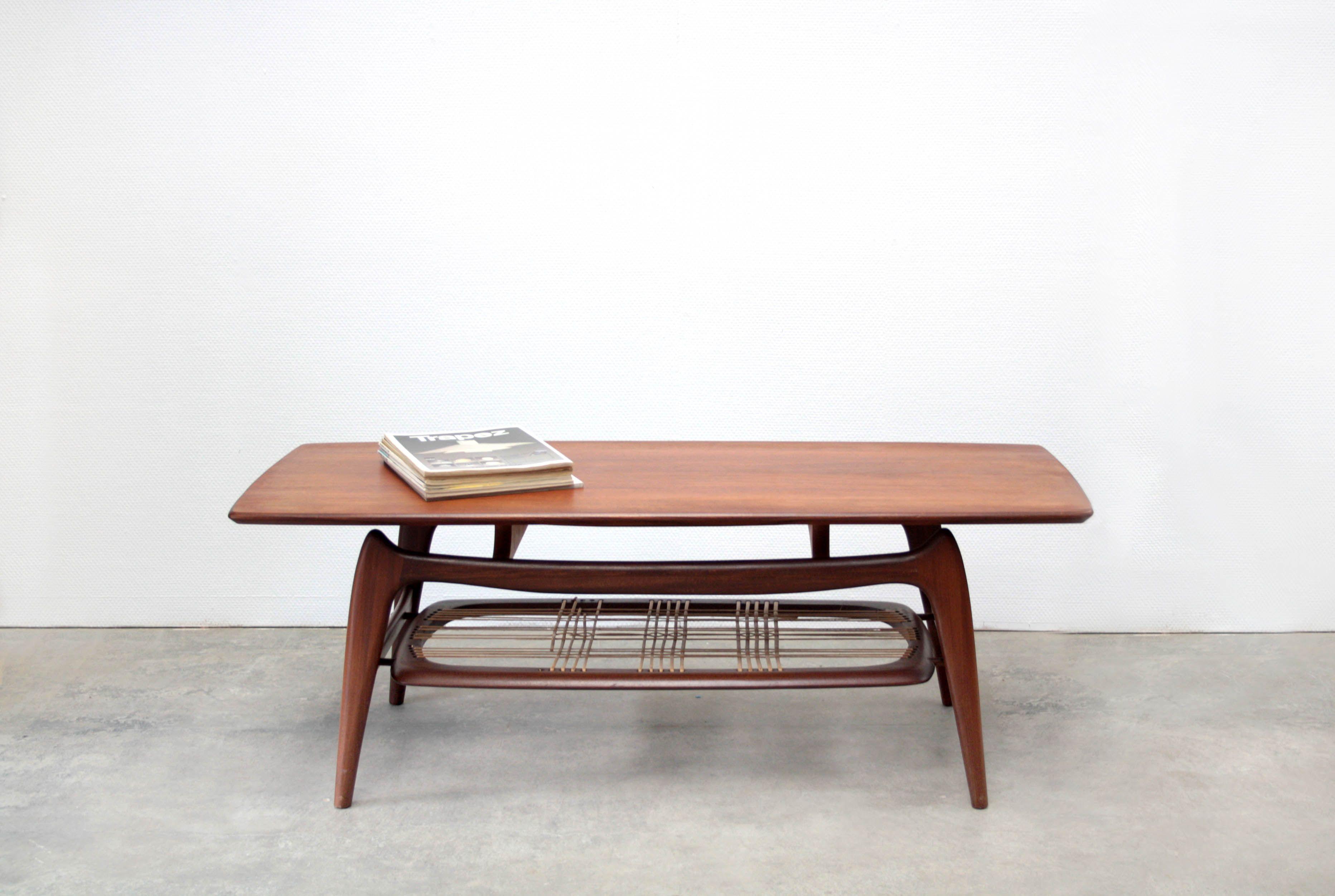 Bezoek Het Bericht Voor Meer Mid Century Modern Furniture Furniture Design Modern Coffee Table Vintage [ 2502 x 3729 Pixel ]