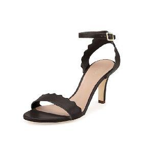 CHLOÉ Scalloped Leather Sandal